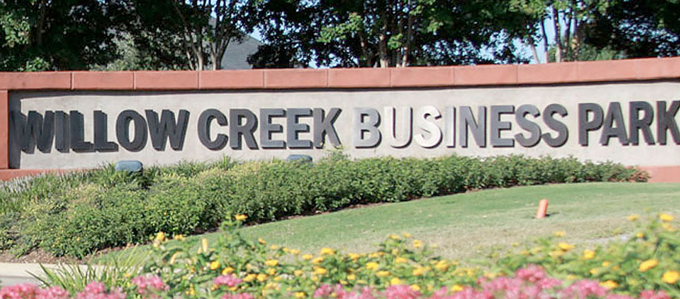 willow creek business park sign